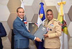 Ministerio de Trabajo y Ministerio de Defensa firman convenio de colaboración institucional