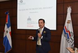 """Ministerio de Trabajo realiza jornada de charlas sobre los beneficios del """"Seguro Familiar de Salud"""""""