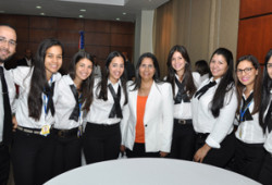 Ministra de Trabajo recibe a estudiantes de derecho PUCMM