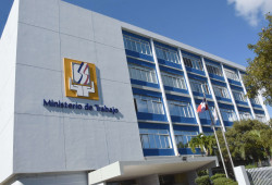 Ministerio de Trabajo invita proceso de reclutamiento en Villa González, Santiago.