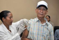 Ministerio de Trabajo realiza jornada de vacunación contra Gripe AH1N1